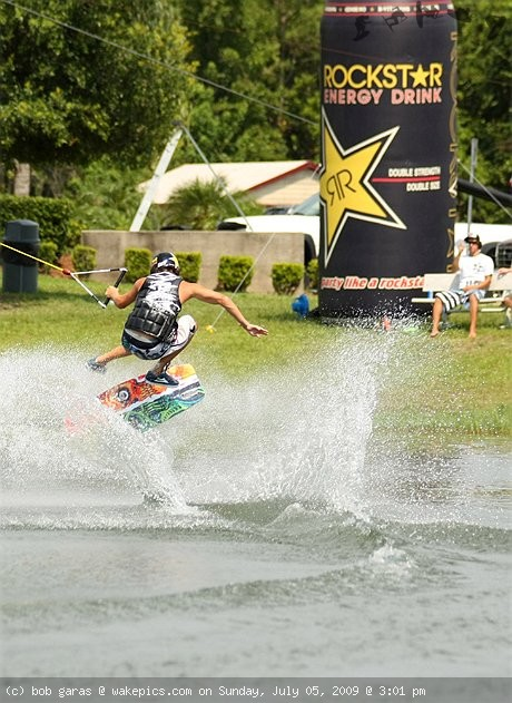 0004-wakeboarding-wakeskating-photos.jpg