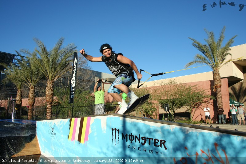 10-wakeboarding-wakeskating-photos.jpg