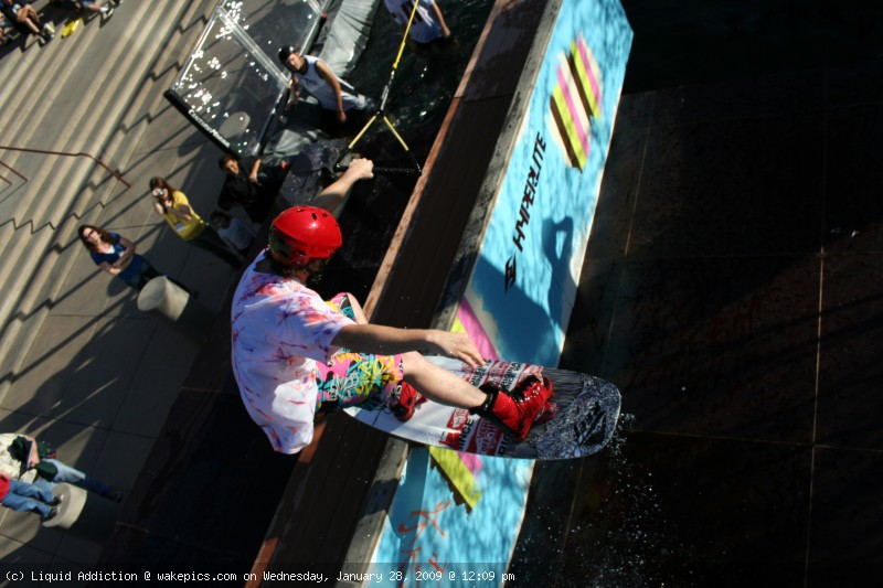 8-wakeboarding-wakeskating-photos.jpg