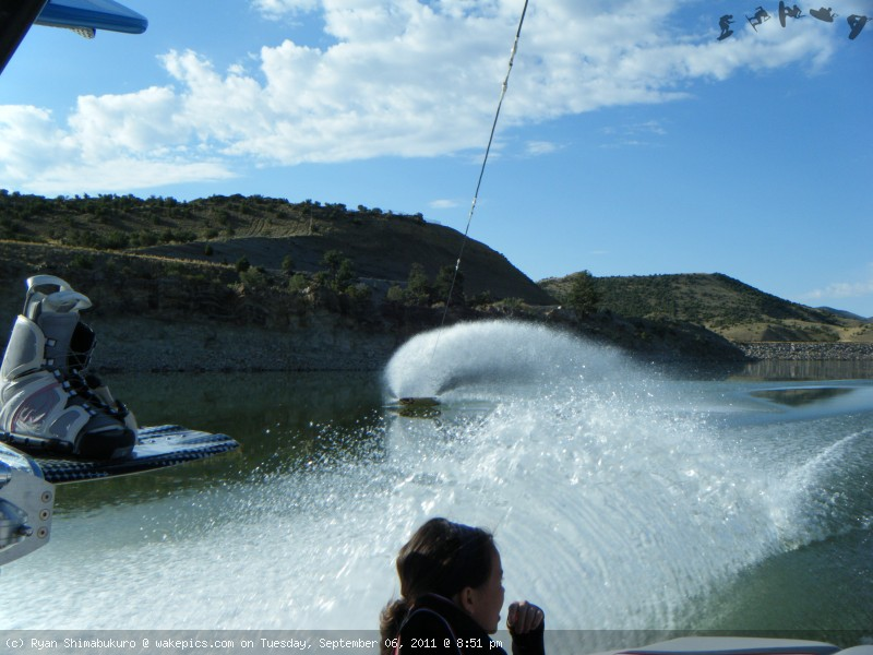 dhbutterslide-wakeboarding-wakeskating-photos.jpg