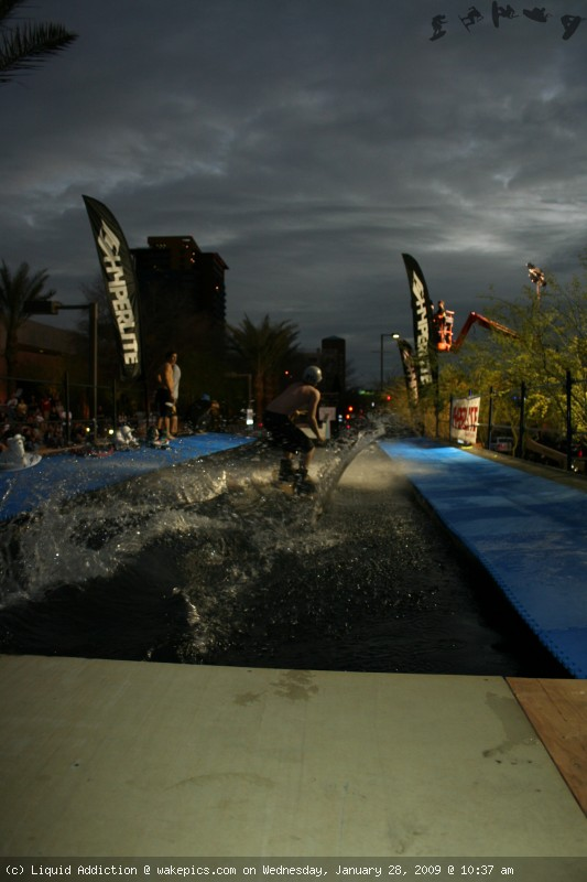 img_2132-wakeboarding-wakeskating-photos.jpg