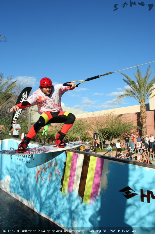 img_2445-wakeboarding-wakeskating-photos.jpg