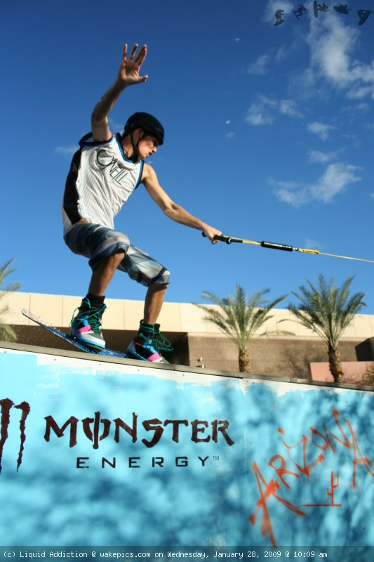 img_2467-wakeboarding-wakeskating-photos.jpg
