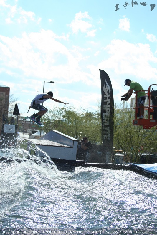 img_2613-wakeboarding-wakeskating-photos.jpg