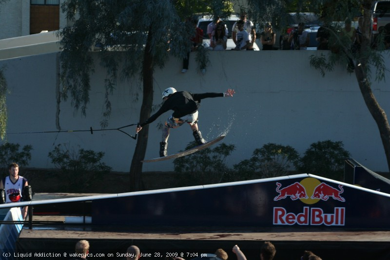 img_3656-wakeboarding-wakeskating-photos.jpg
