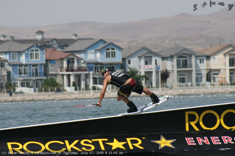 img_5834-wakeboarding-wakeskating-photos.jpg