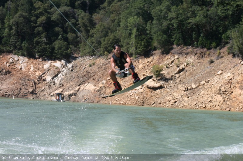 img_7811-wakeboarding-wakeskating-photos.jpg