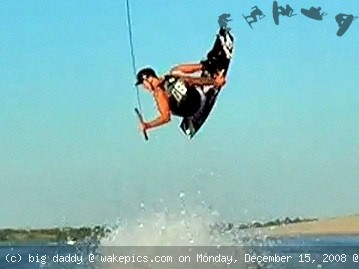 luke2-wakeboarding-wakeskating-photos.jpg