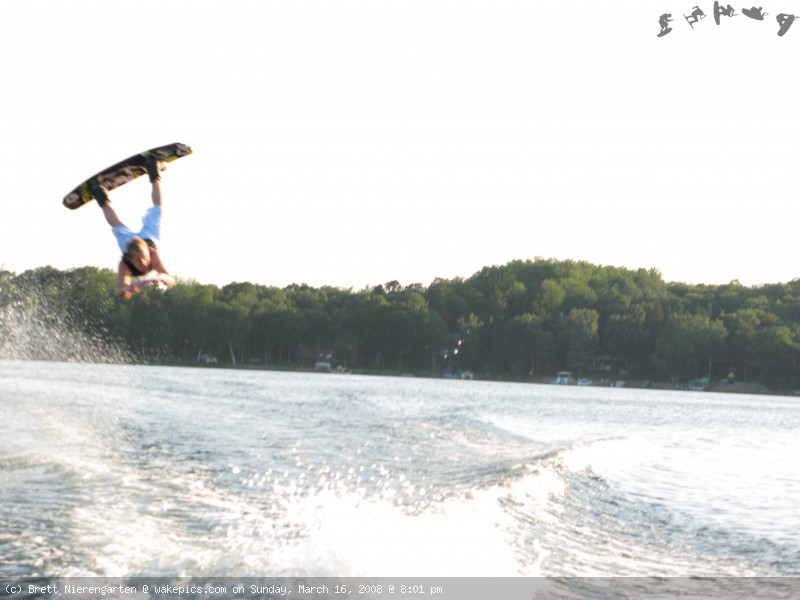 more-wake-07-133-wakeboarding-wakeskating-photos.jpg