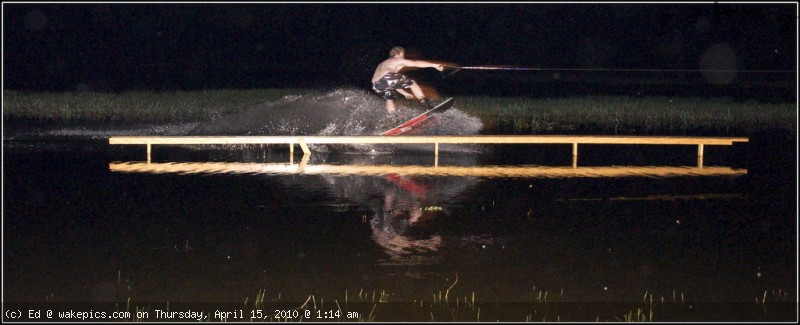 rbwe-8-wakeboarding-wakeskating-photos.jpg